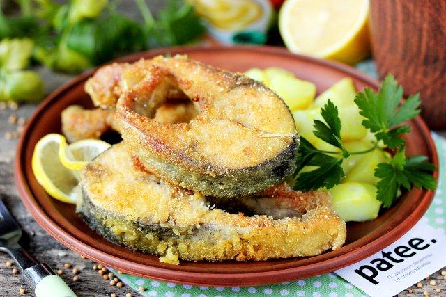 Жареный толстолобик с горчицей и лимоном