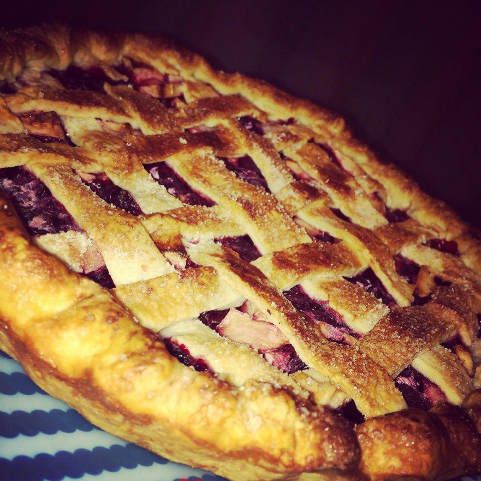 Вишнево - яблочный ( американский) пирог