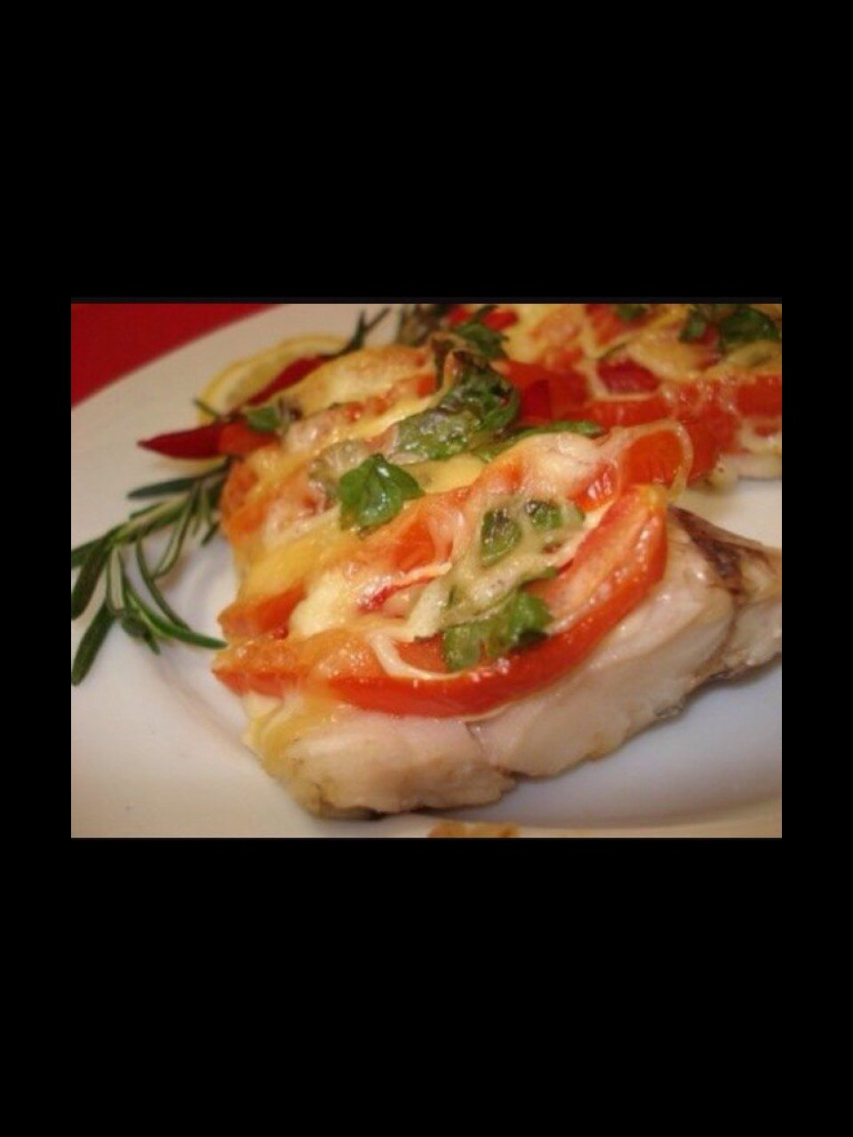 Рыба запеченная с сыром и помидорами🍅