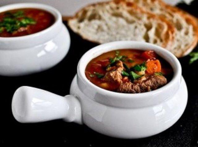 Дзерохис хорци харшот (ხარჩო) - или суп Харчо