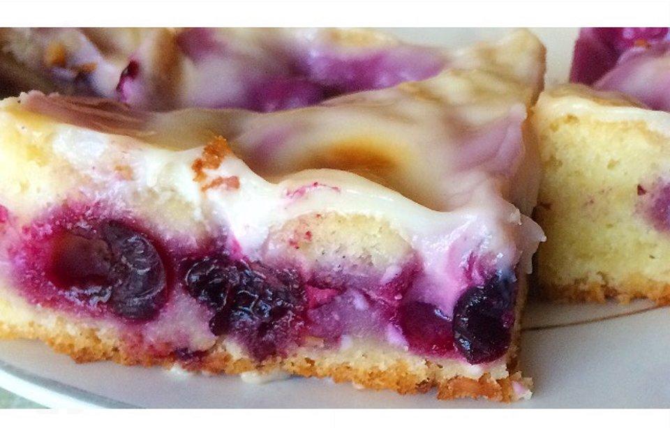 Творожно-смородиновый пирог