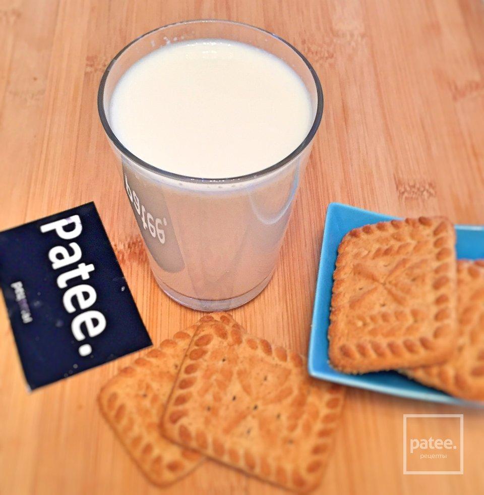 Топлёное молоко в термосе