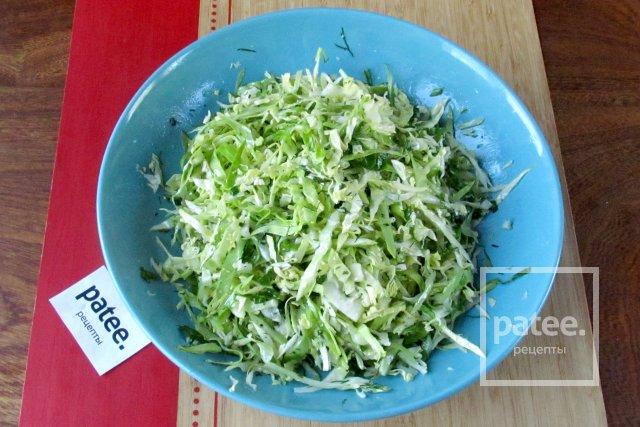 Салат из молодой капусты с уксусом