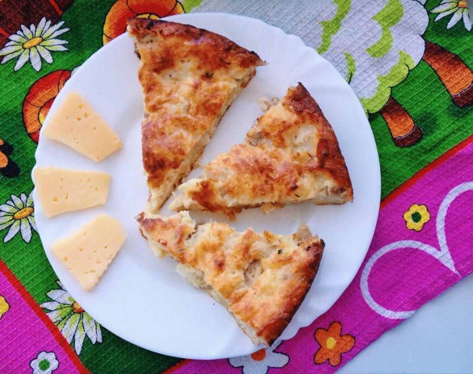 Быстрый куриный пирог с сыром