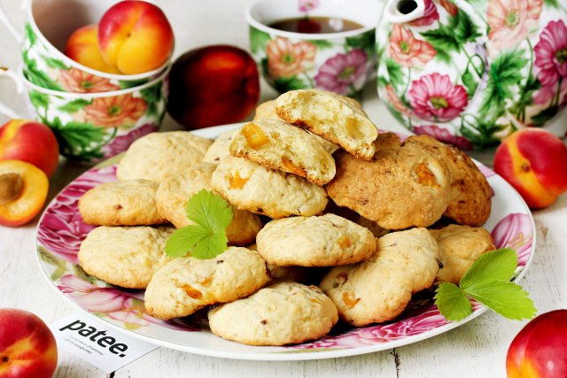 Сметанное печенье с абрикосами