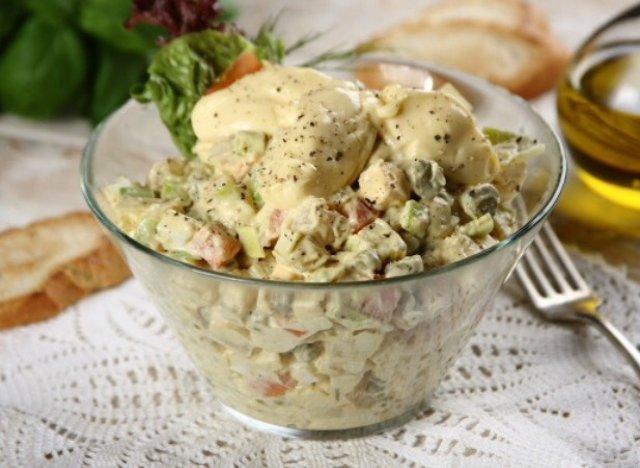 Столичный салат рецепт со свежими огурцами