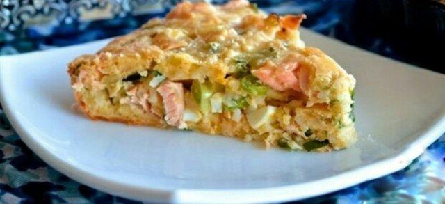 Рыбный пирог с рисом  .