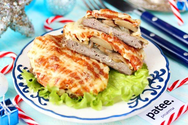 Рецепт с фото новогоднего мясо по французски