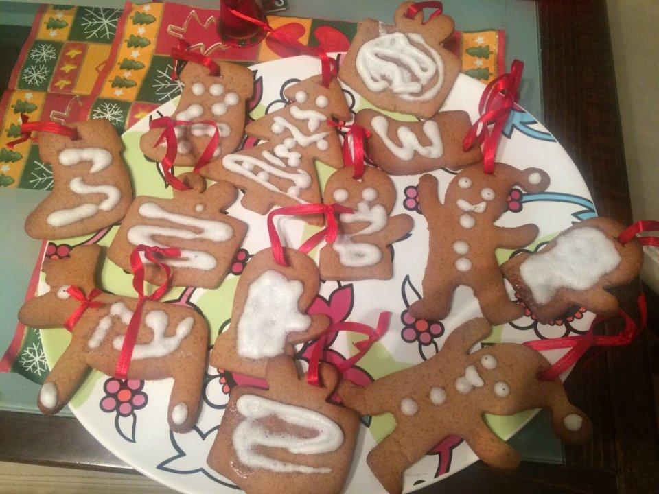 Имбирные печенья на елку