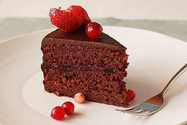 Шоколадный торт с клюквой рецепт с фото
