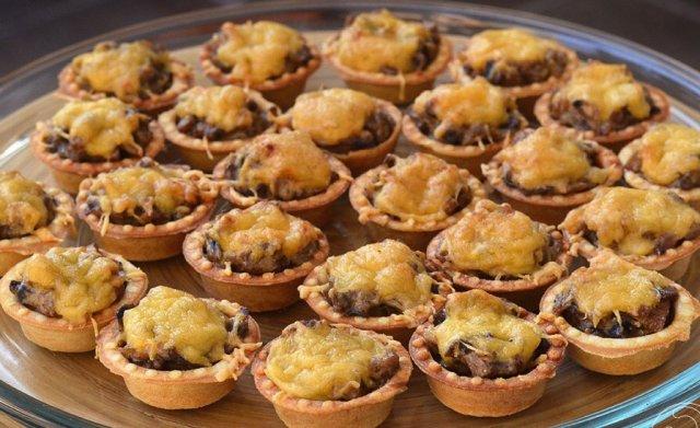 жульены в тарталетках с грибами и курицей рецепт с фото