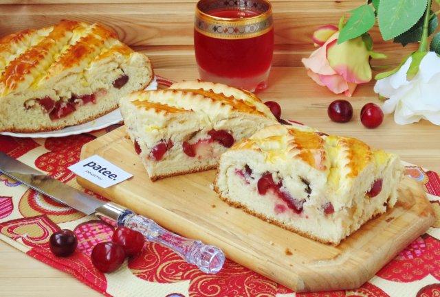 Ночное дрожжевое тесто и пирог с черешней из него