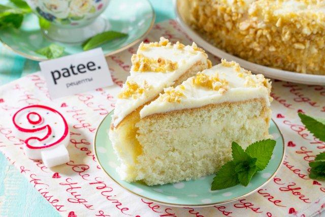Лимонный торт с ореховым грильяжем
