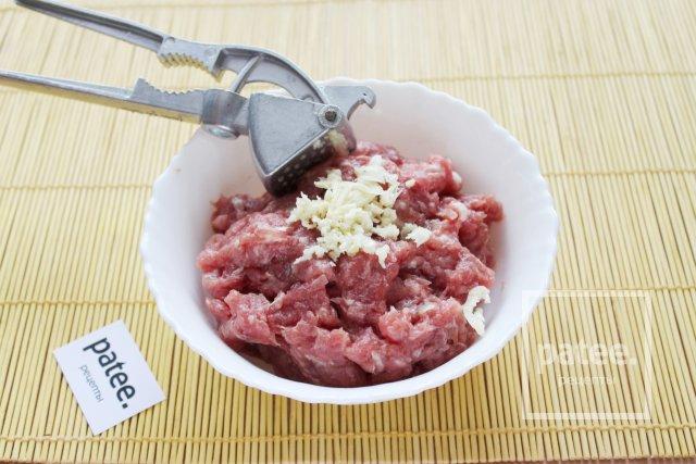 Чевапчичи на сковороде - Шаг 3