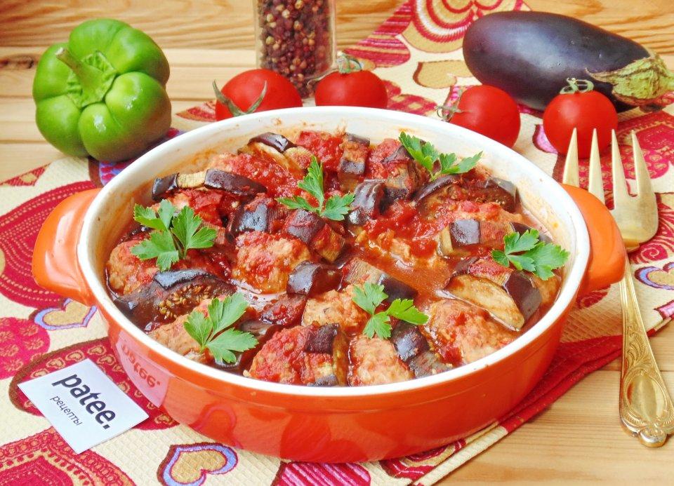 Баклажаны по-турецки в томатном соусе