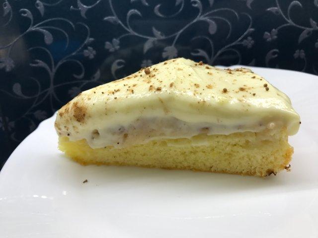 Яблочный пирог с корицей с сырным кремом. Очень вкусно
