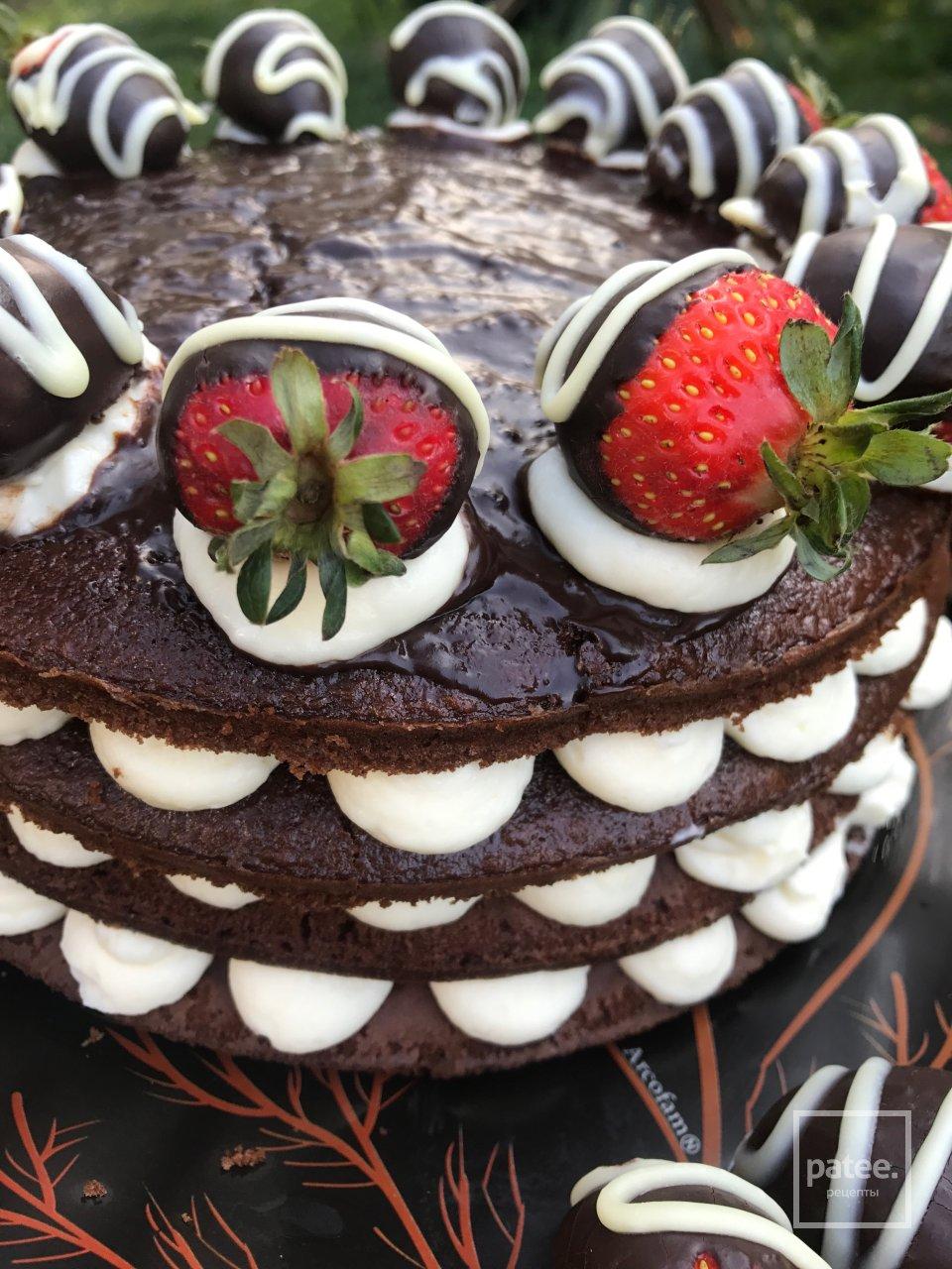 Шоколадный торт с крем-чизом