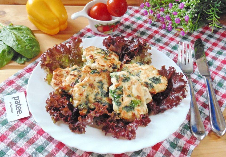 Рубленый шницель из курицы со шпинатом