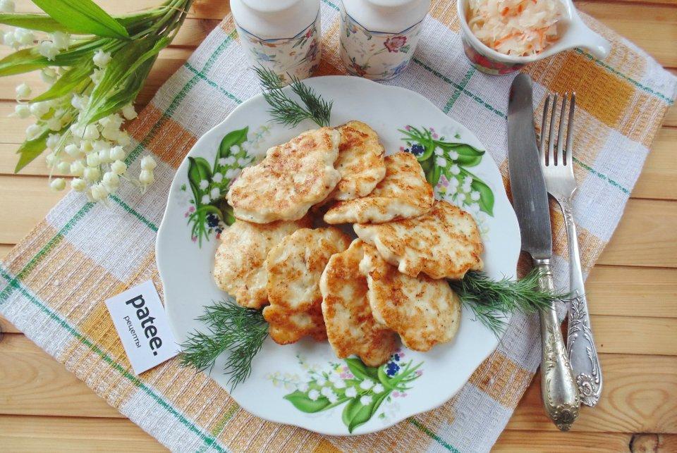 Оладьи из куриного филе на кефире