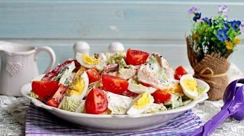 Салат з курячої грудки
