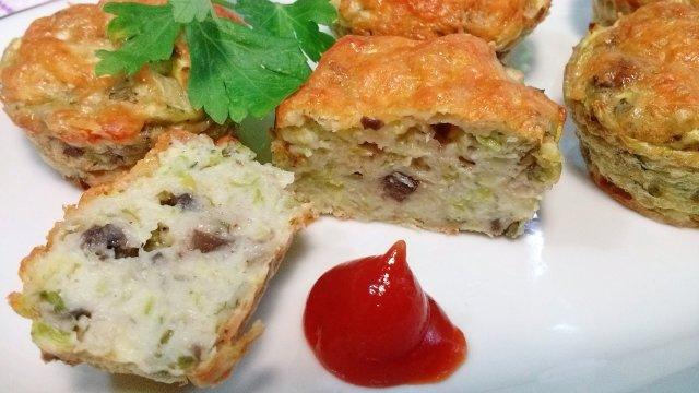 Кабачковые маффины с сыром