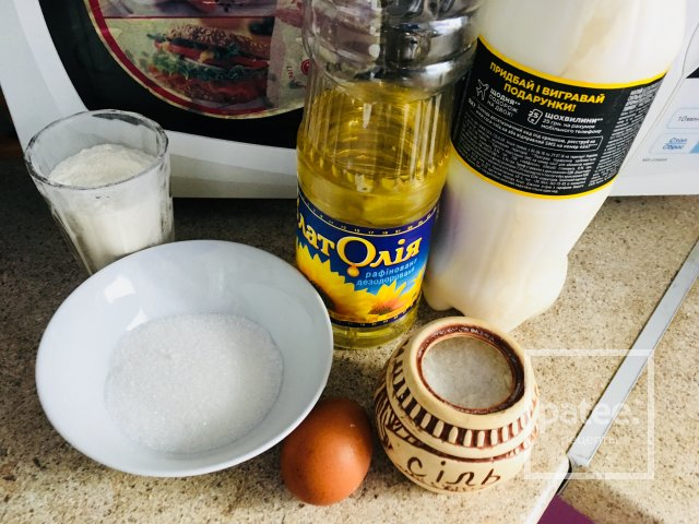 Блинчики на кислом молоке с сгущёнкой