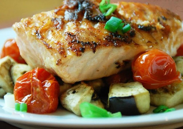 Запеченное низкокалорийное филе рыбы в духовке