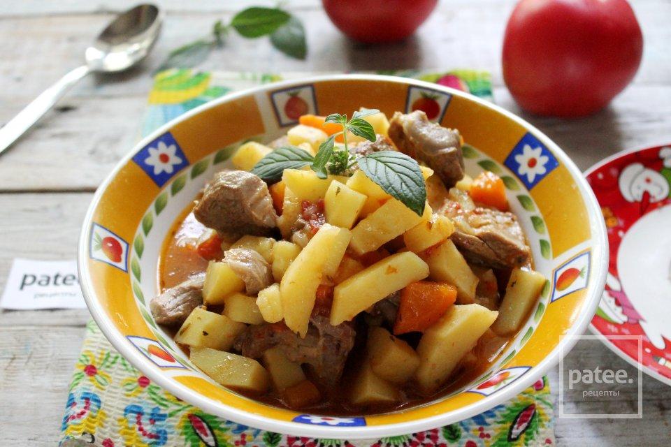 Жаркое по-домашнему из баранины с овощами