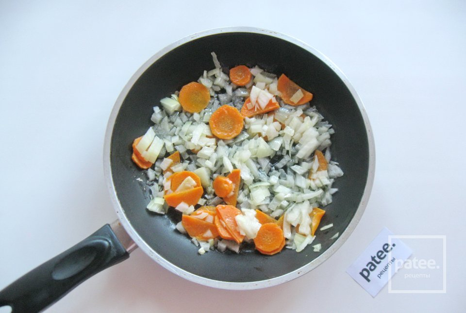 Овощной суп с брюссельской и цветной капустой