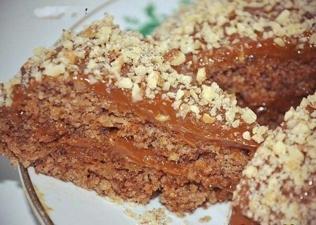 Ореховый торт без муки и масла