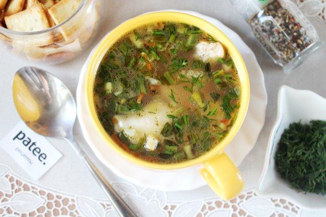 Легкий куриный суп с вермишелью и черемшой