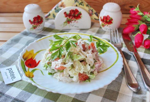 Салат с пекинской капустой и редькой