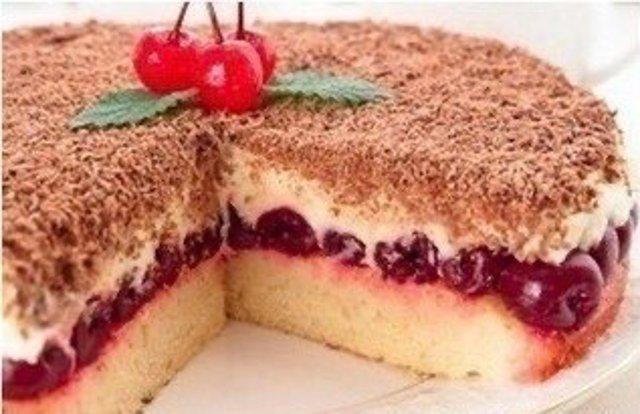 Быстрый вишневый пирог «Наслаждение»