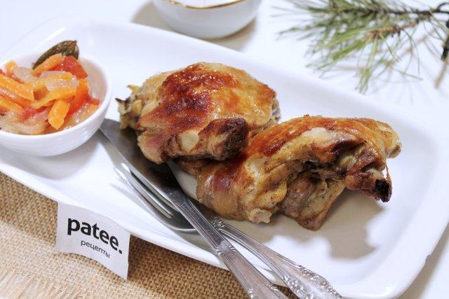 Куриные окорочка, запеченные в рукаве в духовке