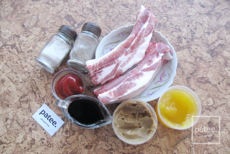 Свиные ребрышки запеченные в маринаде
