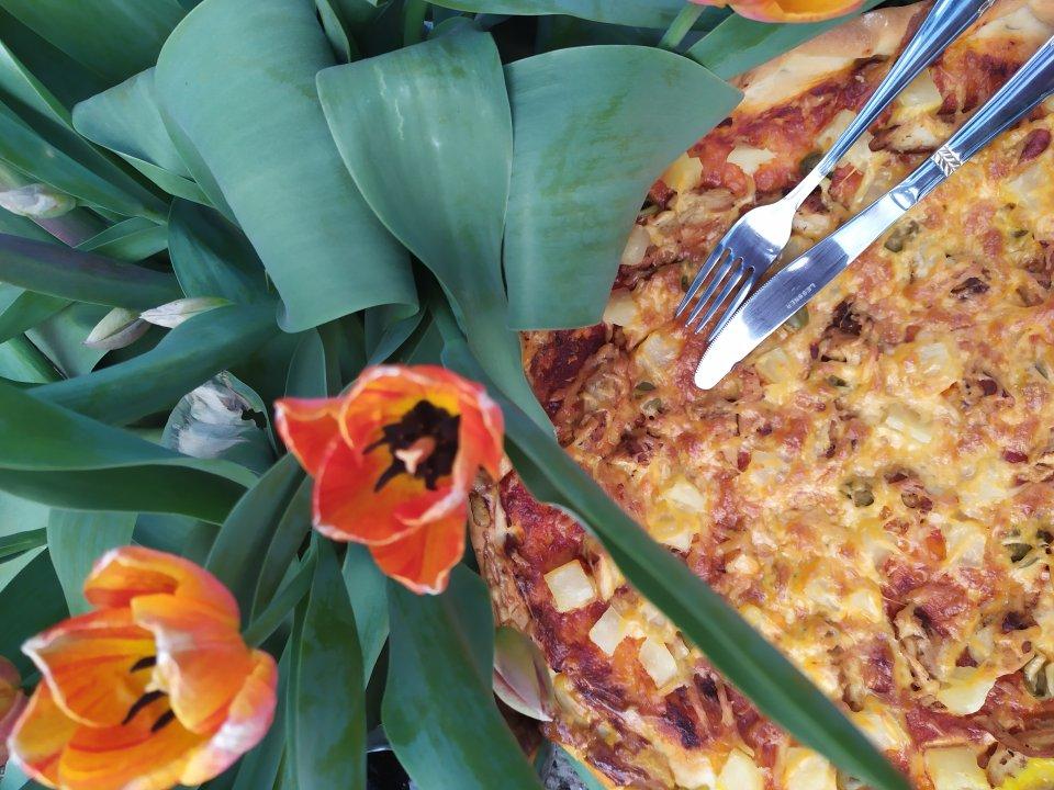 Домашняя пицца 🍕 (с курицей и ананасом) Рецепт рассчитан на 2 пиццы.