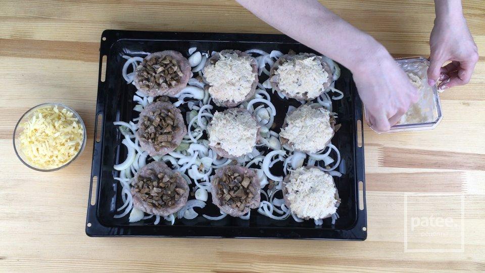 Котлеты Стожки с грибами и сыром