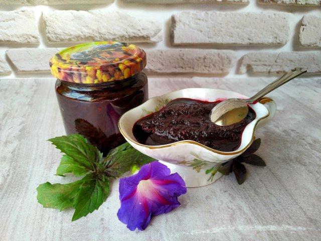 Соус из черноплодки к мясу, птице или рыбе, вкусный и ароматный!