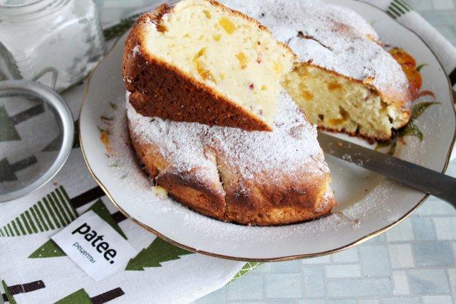 Творожный кекс с цукатами и орехами