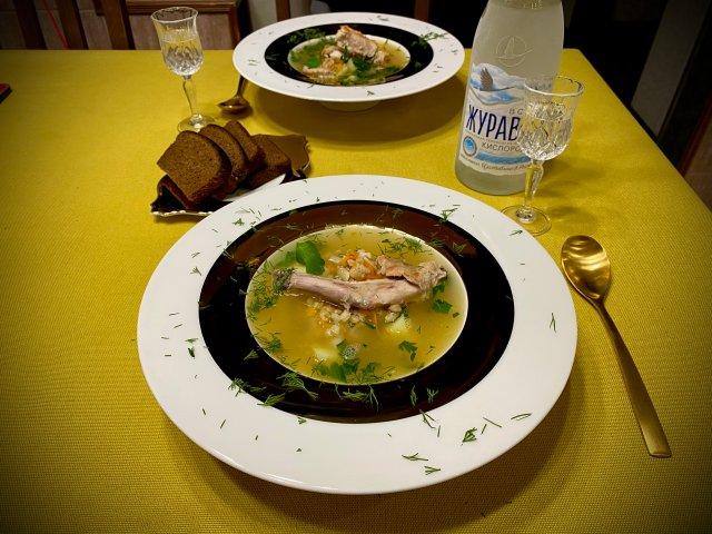 Овощной суп из кролика с полбой